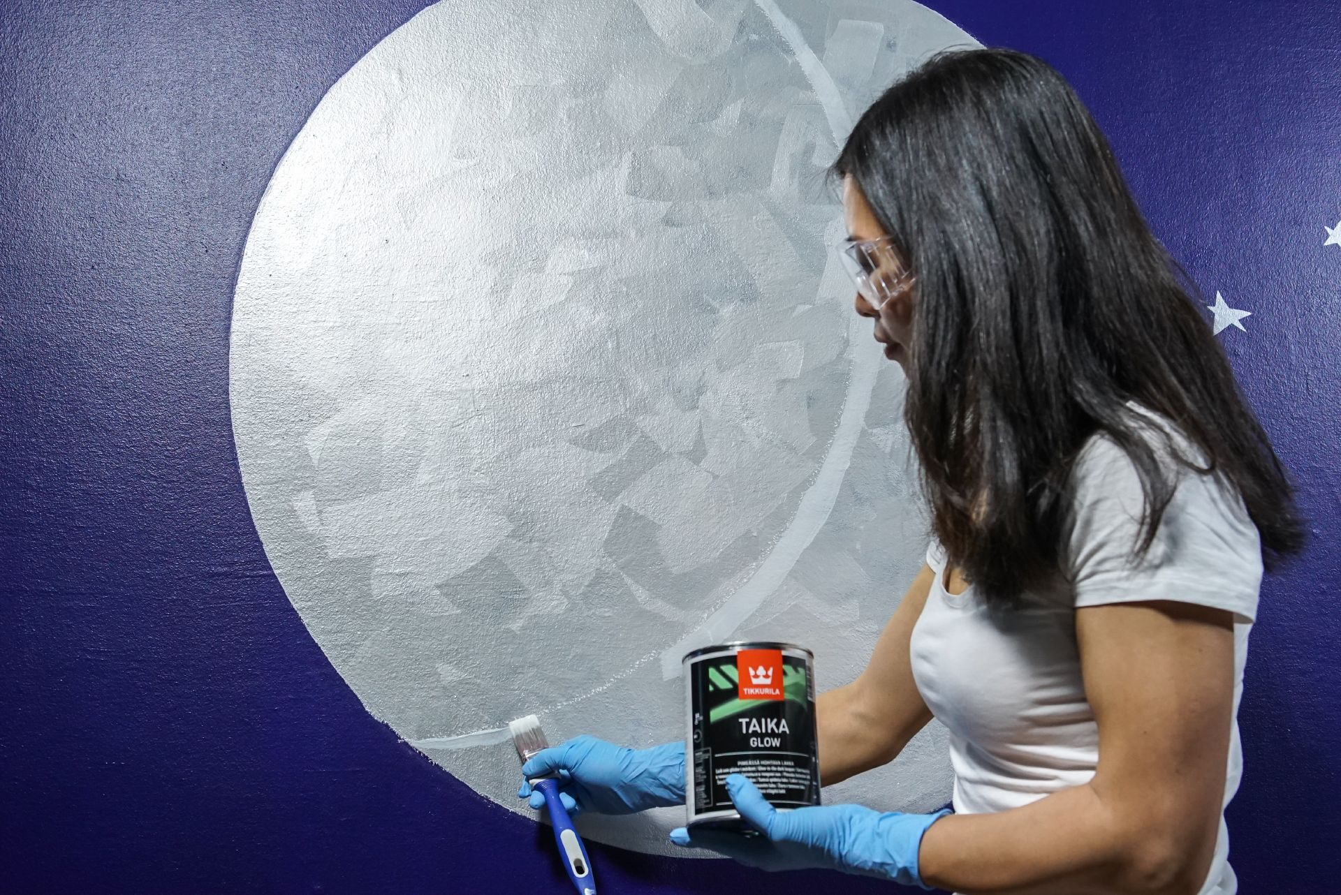 moon painted on wall