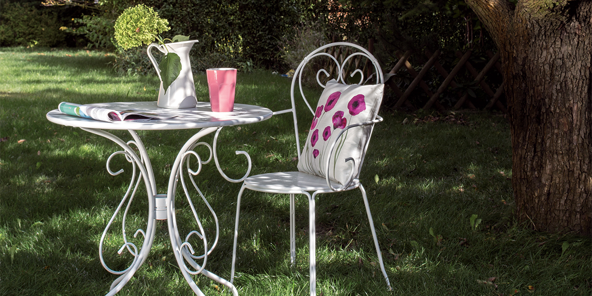 white-metal-garden-furniture