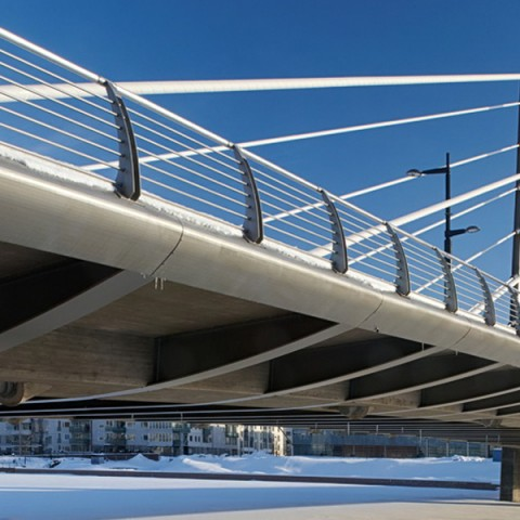 Steel structures in bridges