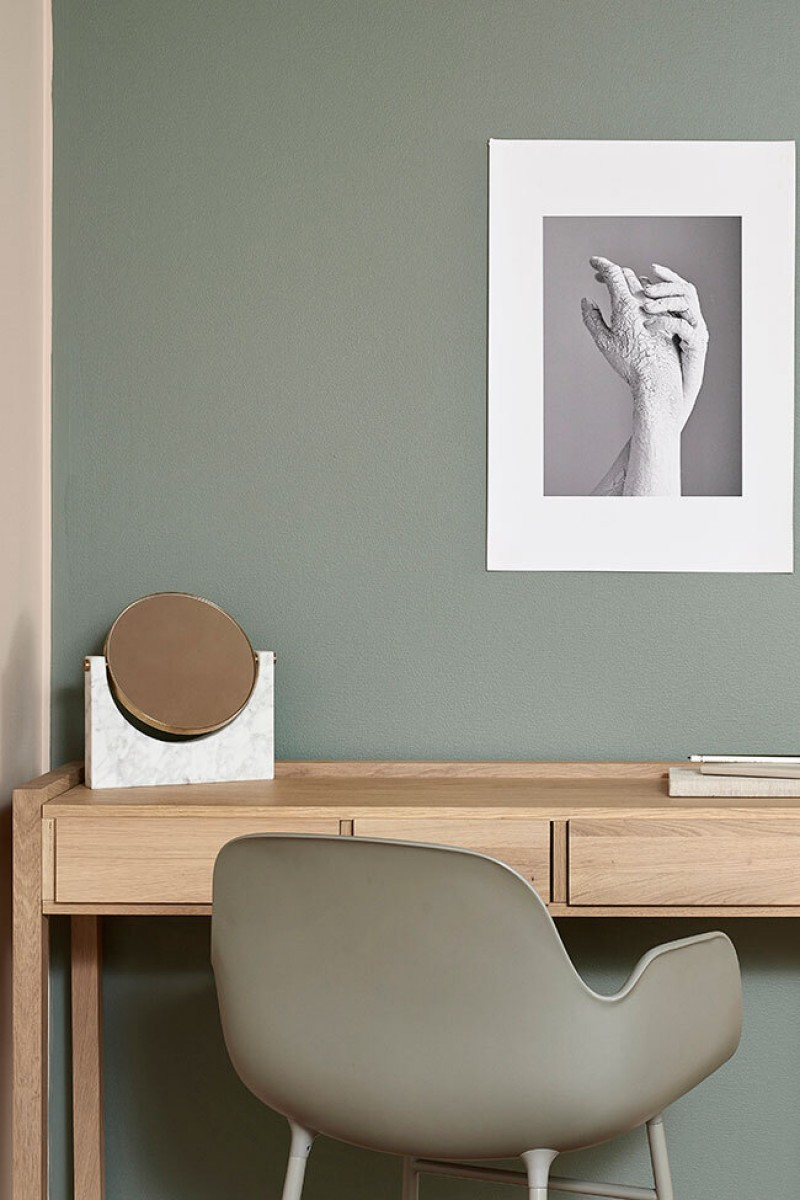 green study room wall